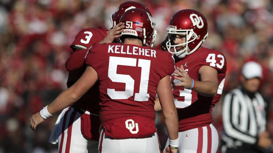 Watch: Sooners long snapper aces 'bottle cap challenge' with high degree of difficulty