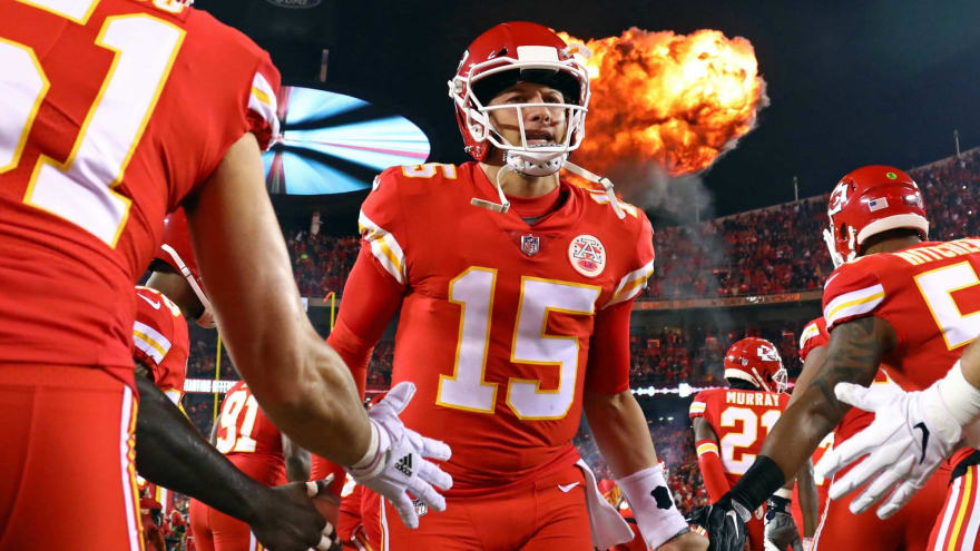 c7d288d9488 Predicting studs and duds for NFL Week 16