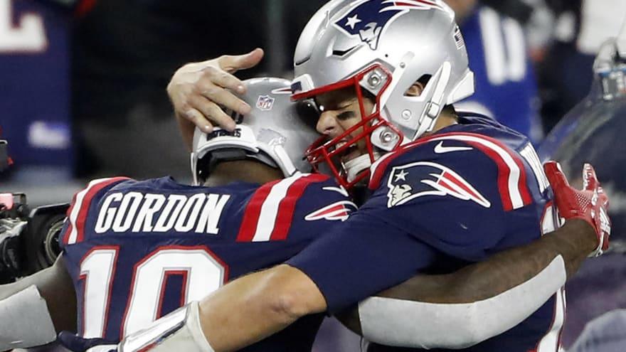 Tom Brady taking Josh Gordon under his wing