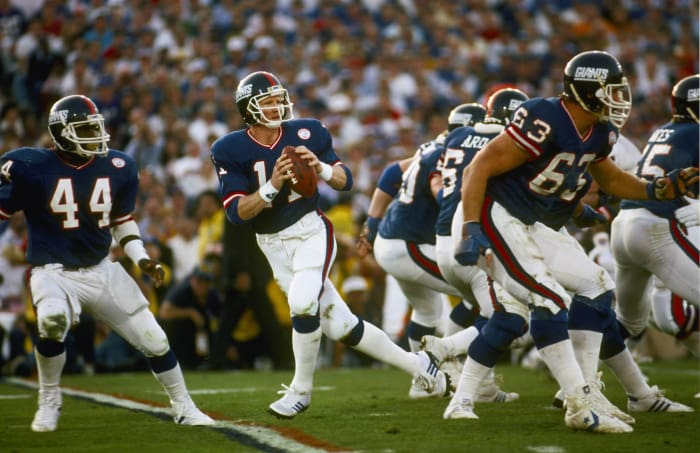 Super Bowl XXI: Phil Simms, New York Giants, and John Elway, Denver Broncos