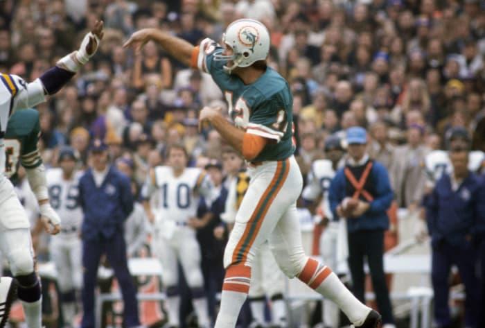 Super Bowl VIII: Bob Griese, Miami Dolphins, and Fran Tarkenton, Minnesota Vikings