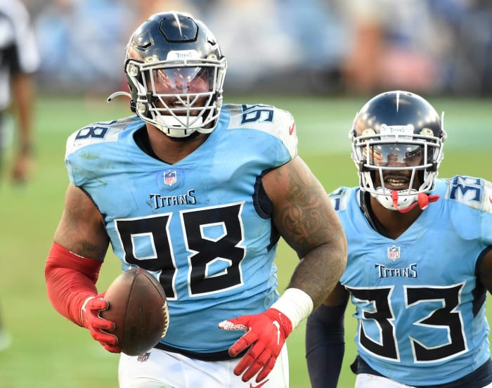 Signs of life from retooled Titans defense