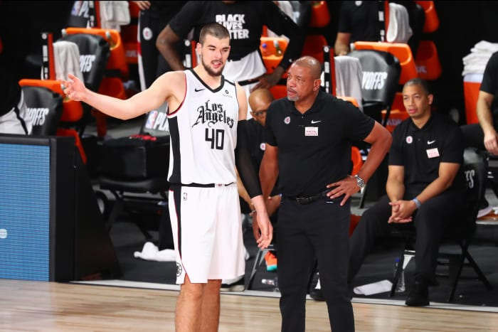 Phoenix Suns: Ivica Zubac (32)