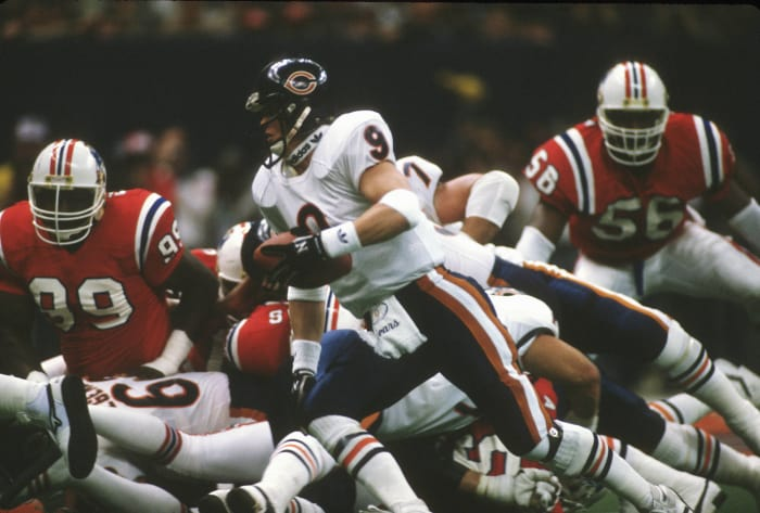 Super Bowl XX: Jim McMahon, Chicago Bears, and Tony Eason, New England Patriots