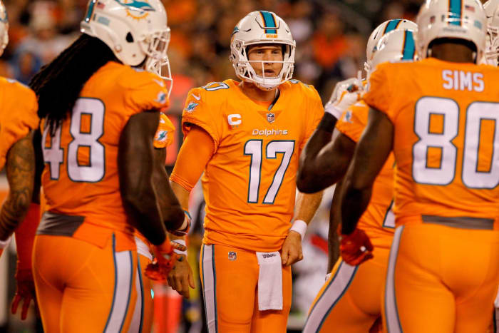 Miami Dolphins' worst look: 2016 color rush