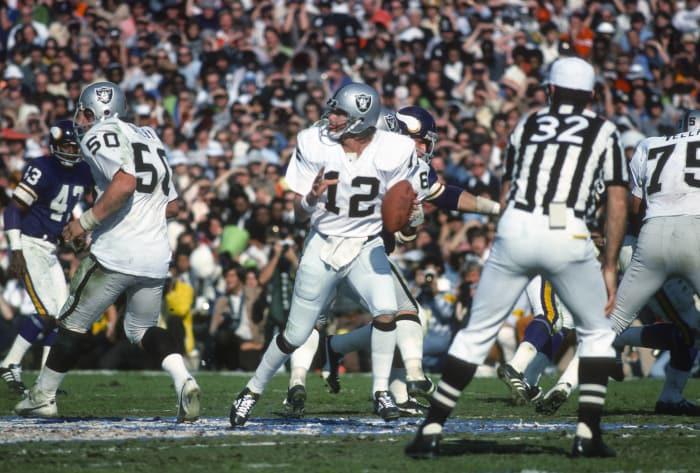 Super Bowl XI: Ken Stabler, Oakland Raiders, and Fran Tarkenton, Minnesota Vikings