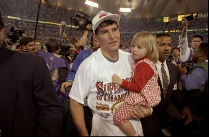 Super Bowl XXVI: Mark Rypien, Washington Redskins, and Jim Kelly, Buffalo Bills