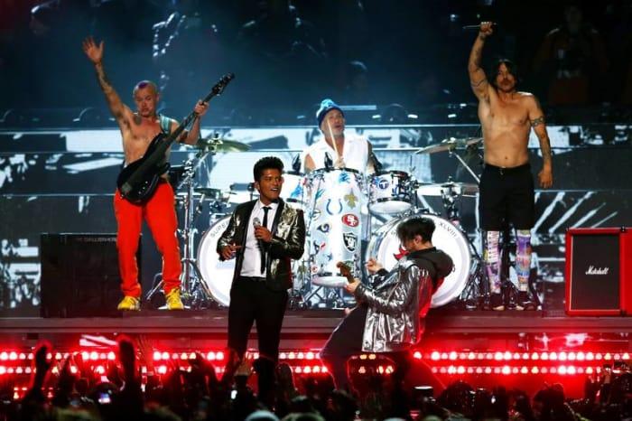 Super Bowl XLVIII halftime show - Bruno Mars